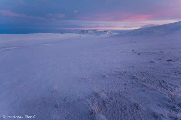 Sonnenaufgang in der Eiswüste I